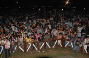 Crowd last March 10, 2009