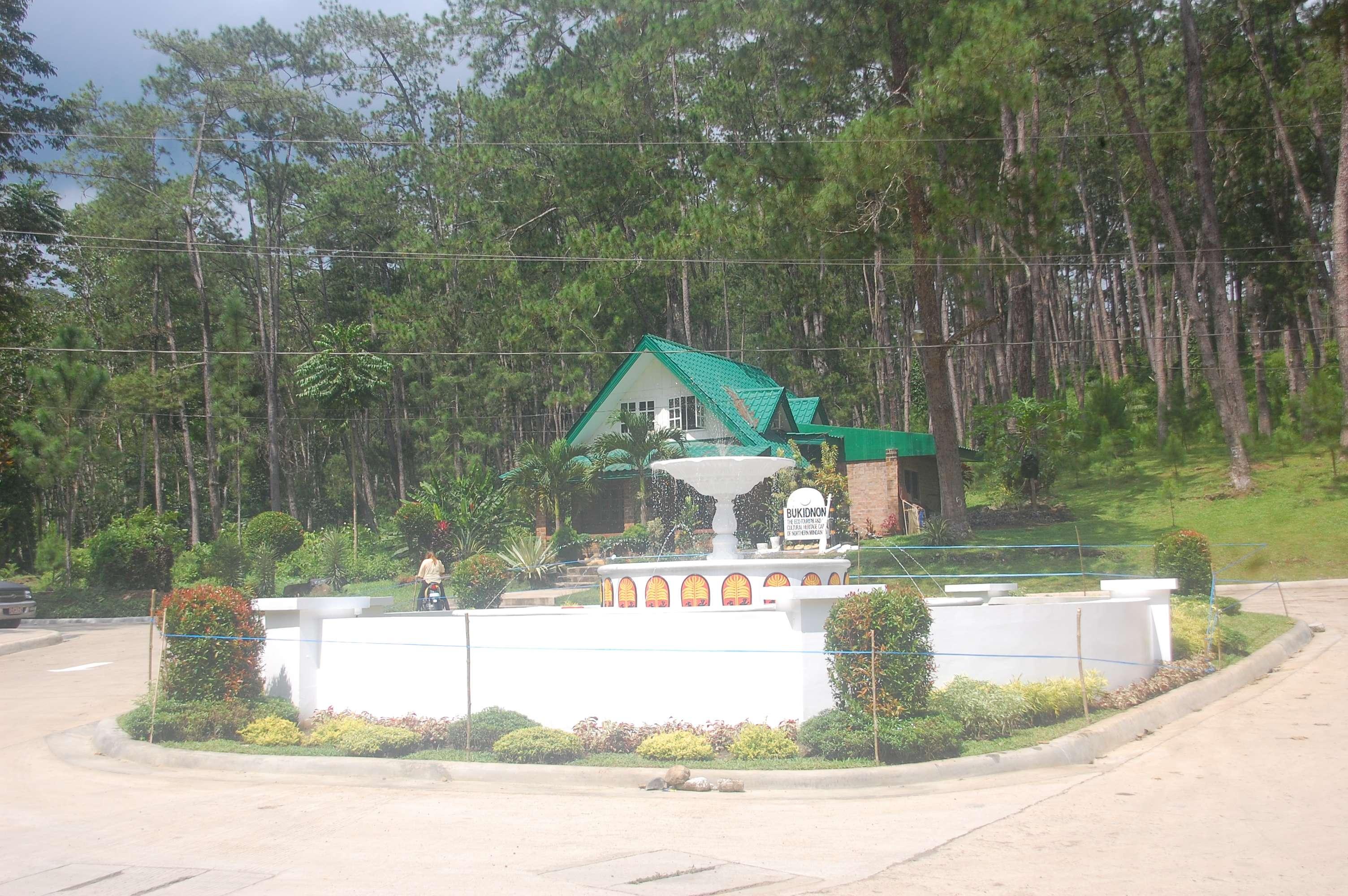 kaamulan grounds malaybalay bukidnon fountain