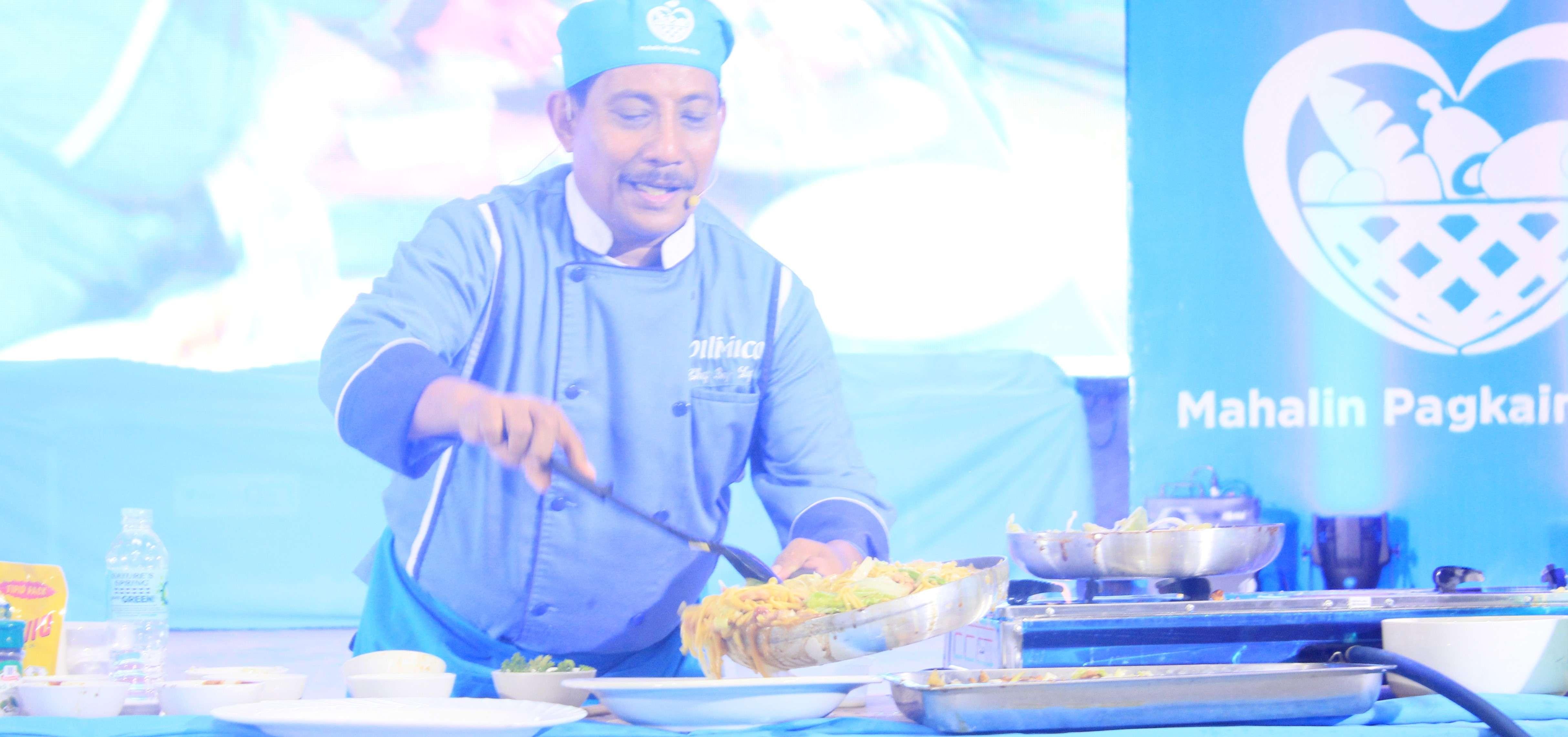 Cooking demo by Mahalin Pagkaing Atin Ambassador, Chef Boy Logro