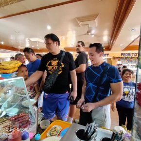 SPOTTED: PBA Legends eat at Maramag Bukidnon food court