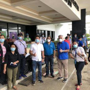Zubiri siblings donate medical equipment, supplies to Bukidnon hospital